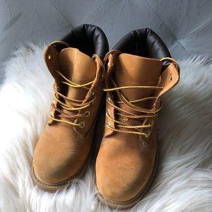 Kids brown premium waterproof boots Timberland